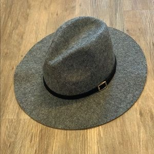 Grey Hat with Buckle